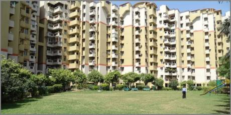 1120 sqft, 2 bhk Apartment in Shubhkamna Apartments Sector 50, Noida at Rs. 66.0000 Lacs