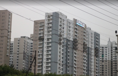2255 sqft, 3 bhk Apartment in 3C Lotus Boulevard Espacia Sector 100, Noida at Rs. 30000