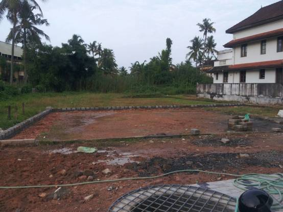 2100 sqft, Plot in Builder panorama residency kumaranasan nagar Kadavanthra, Kochi at Rs. 63.6000 Lacs