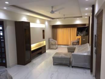 1000 sqft, 2 bhk Apartment in Lok Nirman Khar, Mumbai at Rs. 4.5000 Cr