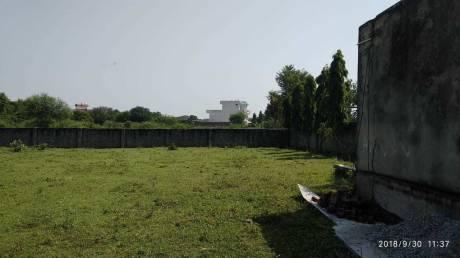 900 sqft, Plot in Builder Project Suraj Kund Badkhal Road, Faridabad at Rs. 15.0000 Lacs
