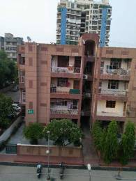 1800 sqft, 3 bhk Apartment in Builder Project Sector 61, Noida at Rs. 18000