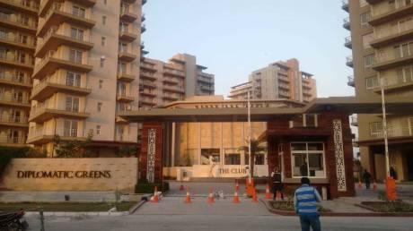 1700 sqft, 3 bhk Apartment in Puri Diplomatic Greens Sector 110A, Gurgaon at Rs. 21000