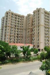 968 sqft, 2 bhk Apartment in Parsvnath Estate Omega, Greater Noida at Rs. 45.0000 Lacs