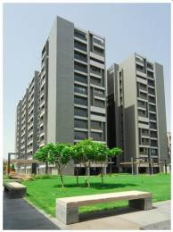 5000 sqft, 5 bhk Apartment in Goyal Riviera Elegance Prahlad Nagar, Ahmedabad at Rs. 60000