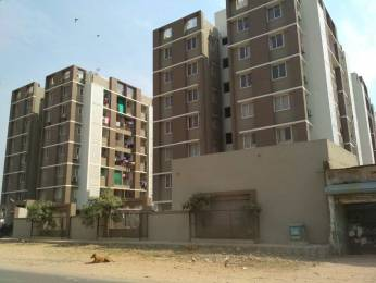 1205 sqft, 2 bhk Apartment in Builder Avadh Appartment Thaltej, Ahmedabad at Rs. 17500