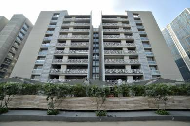 4500 sqft, 4 bhk Apartment in Goyal Riviera Antilla Prahlad Nagar, Ahmedabad at Rs. 1.2000 Lacs