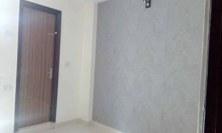 450 sqft, 2 bhk BuilderFloor in Kushwaha Homes Tower A Uttam Nagar, Delhi at Rs. 19.7500 Lacs
