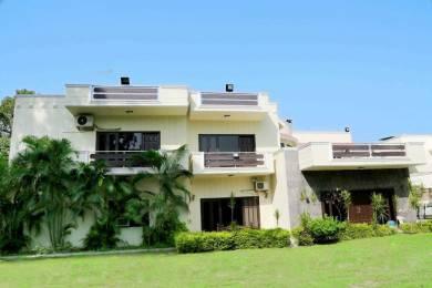 5400 sqft, 5 bhk Villa in Builder b kumar and brothers Vasant Vihar, Delhi at Rs. 8.0000 Lacs