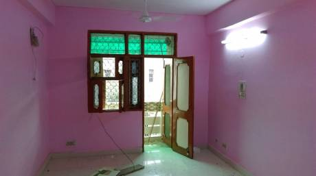 400 sqft, 1 bhk BuilderFloor in Builder Project rohini sector 5, Delhi at Rs. 5000