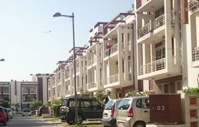 2500 sqft, 3 bhk BuilderFloor in Orchid Island Sector 51, Gurgaon at Rs. 31000