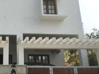 2800 sqft, 4 bhk IndependentHouse in Builder Project Uthandi, Chennai at Rs. 60000