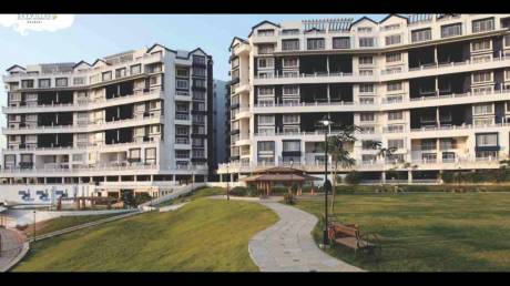 2255 sqft, 3 bhk Apartment in Geras Greens Ville Sky Villas Kharadi, Pune at Rs. 25000