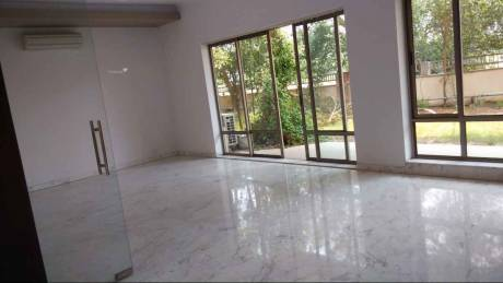 6100 sqft, 5 bhk Villa in Unitech World Spa Sector 41, Gurgaon at Rs. 1.2600 Lacs