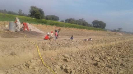 1800 sqft, Plot in Builder Project Laxmi Nagar, Mathura at Rs. 8.0000 Lacs