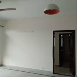 1020 sqft, 2 bhk BuilderFloor in Emaar Emerald Floors Sector 65, Gurgaon at Rs. 26000