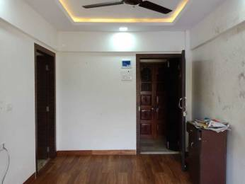 410 sqft, 1 bhk Apartment in Builder Project Borivali West, Mumbai at Rs. 17000