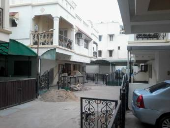 1800 sqft, 4 bhk Villa in Builder Project New C G Road, Ahmedabad at Rs. 25000