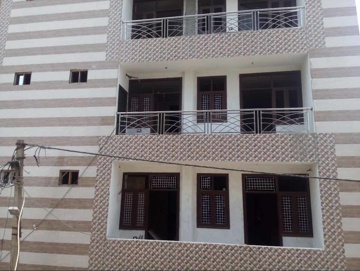 630 sq ft 3BHK 3BHK+2T (630 sq ft) Property By Global Real Estate In Project, Raja Puri
