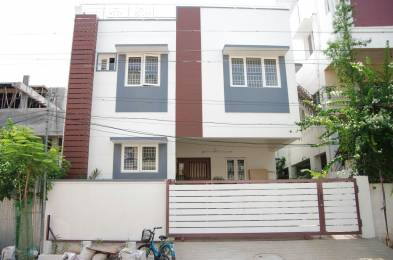 2400 sqft, 4 bhk IndependentHouse in Builder Project Alapakkam, Chennai at Rs. 2.0000 Cr
