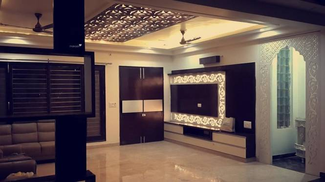 2500 sqft, 3 bhk BuilderFloor in Unitech Green Wood City Sector 45, Gurgaon at Rs. 50000