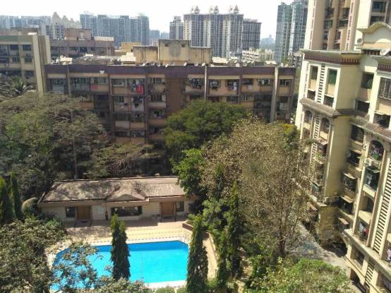 1010 sqft, 2 bhk Apartment in Lokhandwala Highland Kandivali East, Mumbai at Rs. 1.3000 Cr