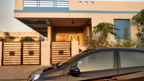 1400 sqft, 2 bhk IndependentHouse in Builder Sri Sri Antahpuram Bongloor, Hyderabad at Rs. 8000