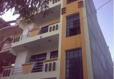 900 sqft, 2 bhk Apartment in Builder Project Gyan Khand 2, Ghaziabad at Rs. 10000