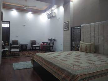 2000 sqft, 2 bhk BuilderFloor in Builder Project Defence Colony, Delhi at Rs. 1.3000 Lacs