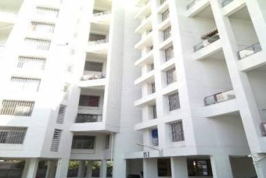 1000 sqft, 2 bhk Apartment in Builder vista luxria Manjari Budruk, Pune at Rs. 13500