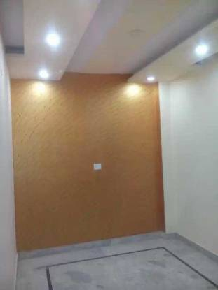 783 sqft, 3 bhk BuilderFloor in Builder Project Uttam Nagar west, Delhi at Rs. 43.5000 Lacs