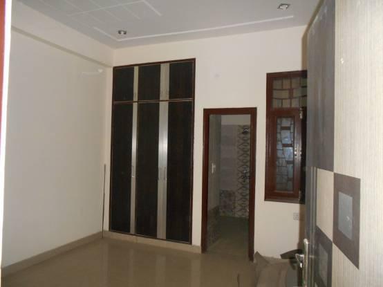 1700 sqft, 4 bhk BuilderFloor in Builder Project Sector 5 Vasundhara, Ghaziabad at Rs. 82.0000 Lacs