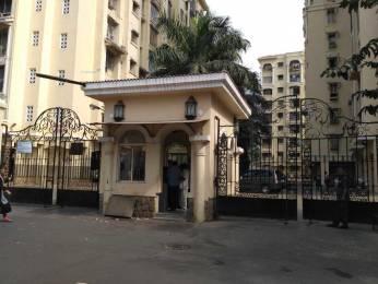 900 sqft, 2 bhk Apartment in Builder Project Kandivali East, Mumbai at Rs. 40000