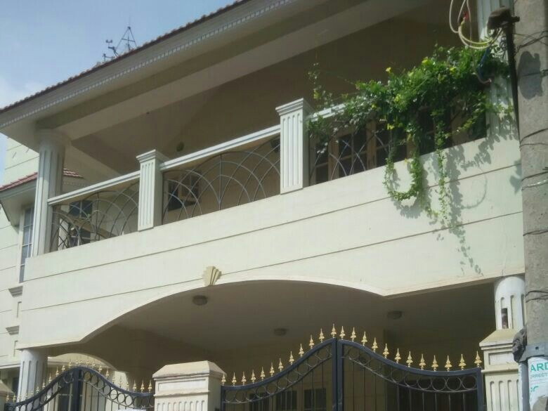 Rental house in aecs layout