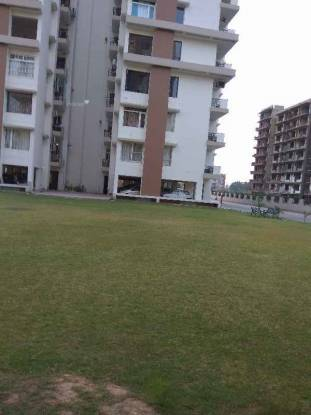 2100 sqft, 4 bhk Apartment in Builder Project Mohali Sec 76, Chandigarh at Rs. 35000