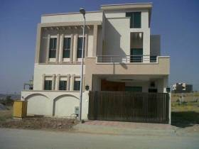 900 sq ft 2 BHK + 2T  in Builder gillco valley sector 127