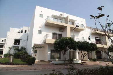 3008 sqft, 4 bhk Apartment in Paramount Golfforeste Villas Zeta, Greater Noida at Rs. 1.3078 Cr