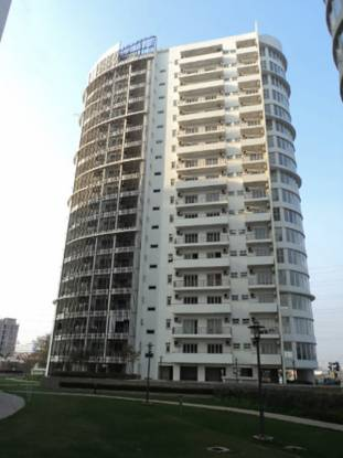 1950 sqft, 3 bhk Apartment in Emaar Palm Drive Sector 66, Gurgaon at Rs. 1.9000 Cr