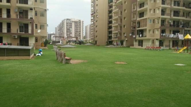 2250 sqft, 4 bhk Apartment in Hanumant Bollywood Heights Sector 20, Panchkula at Rs. 75.0000 Lacs
