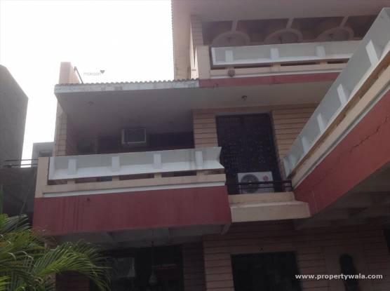 1380 sqft, 2 bhk BuilderFloor in Builder Project Panchkula Sec 18, Chandigarh at Rs. 14000