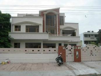 2400 sqft, 3 bhk BuilderFloor in Builder Project Panchkula Sec 8, Chandigarh at Rs. 16000