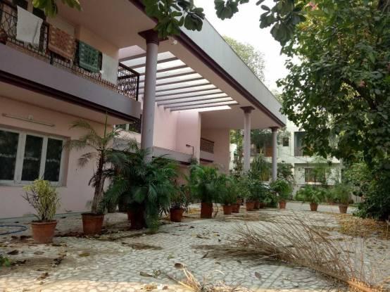 1050 sqft, 4 bhk IndependentHouse in Builder moti kunj society Navrangpura, Ahmedabad at Rs. 13.0000 Cr