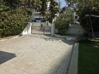 7200 sqft, 4 bhk IndependentHouse in Builder Hindu Colony Navrangpura, Ahmedabad at Rs. 8.6100 Cr