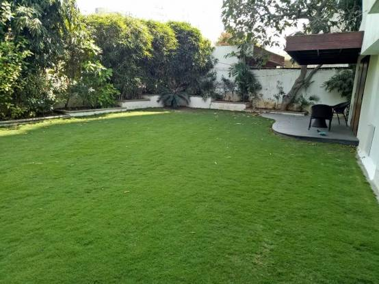 7200 sqft, 4 bhk IndependentHouse in Builder Hindu Colony Navrangpura, Ahmedabad at Rs. 8.6500 Cr