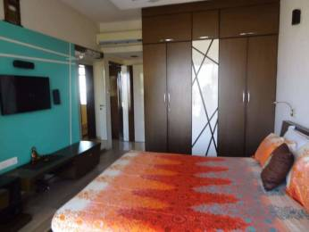 1600 sqft, 3 bhk Apartment in Builder Project Ville Parle West, Mumbai at Rs. 91000