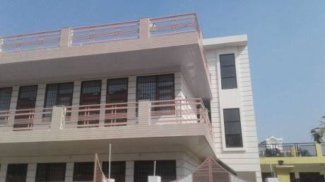 2200 sqft, 2 bhk BuilderFloor in Builder Project Sector 10A, Gurgaon at Rs. 18000