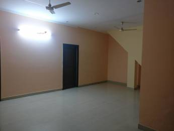 2000 sqft, 3 bhk BuilderFloor in HUDA Plot Sector 40 Sector 40, Gurgaon at Rs. 26000