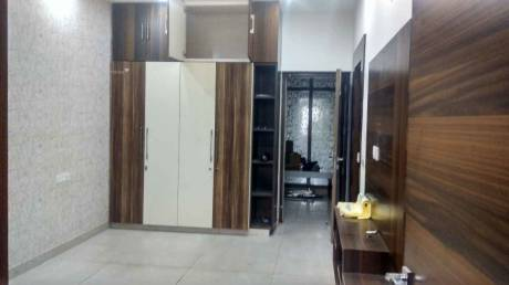 3000 sqft, 4 bhk IndependentHouse in DLF Phase 2 Sector 25, Gurgaon at Rs. 80000