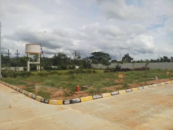 1200 sqft, Plot in Golden Utopia Chandapura, Bangalore at Rs. 18.9000 Lacs