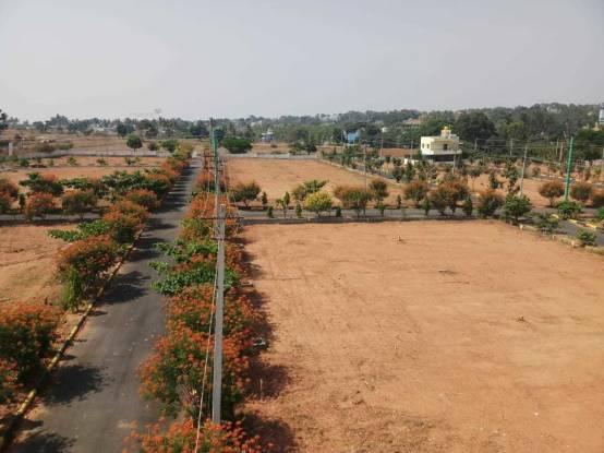 1500 sqft, Plot in Srinivasa Spring Hills Anekal City, Bangalore at Rs. 1.9500 Lacs